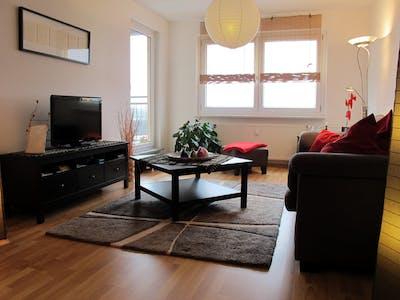Apartamento para alugar desde 01 jun 2020 (Herrenhausstraße, Berlin)