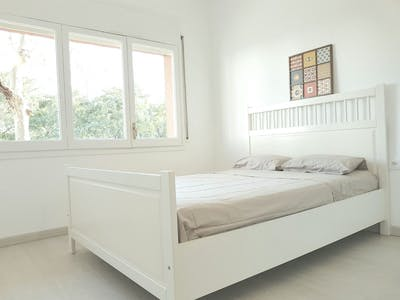 Private room for rent from 01 May 2020 (Carrer de Llull, Barcelona)