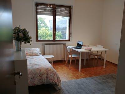 Habitación compartida de alquiler desde 01 Sep 2020 (Via Luigi Pellizzo, Padova)