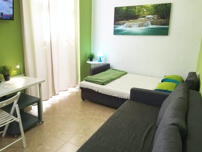 Private room for rent from 21 Sep 2020 (Calle Ramón Franquelo, Málaga)