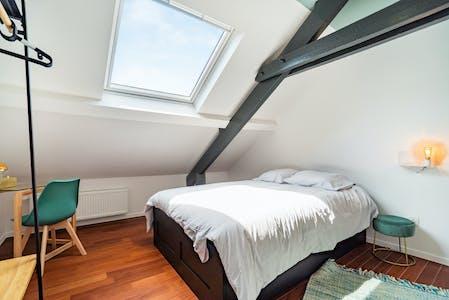 Habitación privada de alquiler desde 01 Nov 2019 (Rue Isaac, Charleroi)