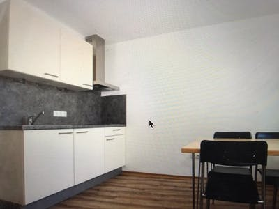 Shared room for rent from 16 Oct 2019 (Tokiostraße, Vienna)
