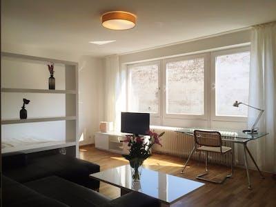 Wohnung zur Miete von 01 May 2020 (Körnerstraße, Berlin)