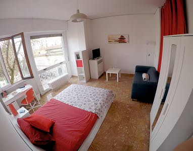 Private room for rent from 01 Aug 2020 (Piazza Augusto Conti, Florence)
