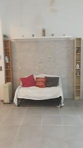 Appartamento in affitto a partire dal 05 Oct 2019 (Carrer de la Conca de Tremp, Barcelona)
