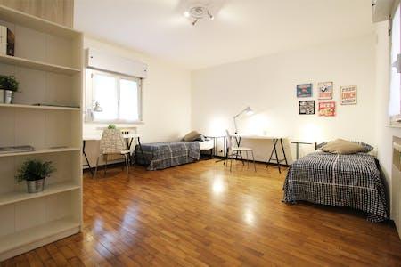 Habitación privada de alquiler desde 01 Aug 2020 (Via Bissuola, Venice)