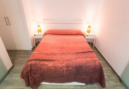 Appartement te huur vanaf 18 Sep 2019 (Calle de Fuencarral, Madrid)
