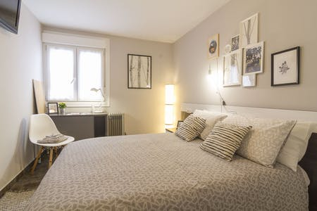 Private room for rent from 23 Dec 2019 (Santutxu kalea, Bilbao)