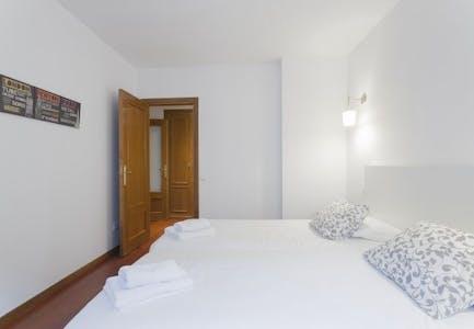 Apartamento de alquiler desde 16 Jul 2019 (Calle de los Reyes, Madrid)