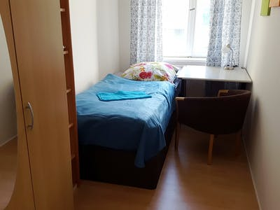 Private room for rent from 01 Apr 2020 (Schönhauser Allee, Berlin)