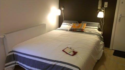 Wohnung zur Miete ab 08 Juli 2020 (Rue Lens, Ixelles)