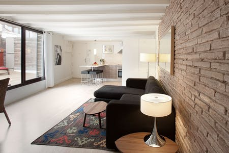 Apartment for rent from 01 Apr 2020 (Carrer de les Trompetes, Barcelona)