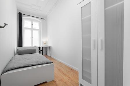 Habitación privada de alquiler desde 23 Jul 2019 (Wilsnacker Straße, Berlin)