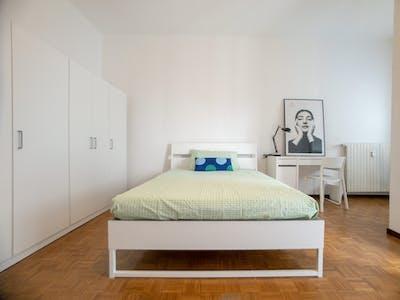 Mehrbettzimmer zur Miete ab 01 Aug. 2020 (Via Filippo Turati, Cologno Monzese)