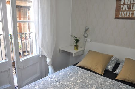 Apartment for rent from 01 Oct 2019 (Carrer de Petritxol, Barcelona)
