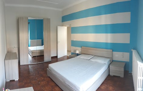 Private room for rent from 01 Jul 2020 (Corso Giulio Cesare, Turin)
