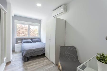 Privé kamer te huur vanaf 01 Jul 2020 (Calle Explorador Andrés, Valencia)