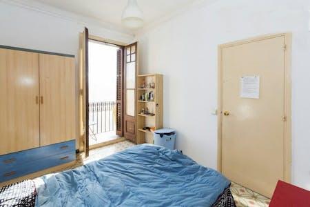 Private room for rent from 01 Sep 2020 (Carrer de la Marina, Barcelona)