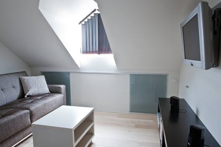Private room for rent from 01 Aug 2020 (Birkimelur, Reykjavík)