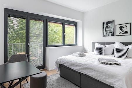 Wohnung zur Miete ab 30 Apr. 2020 (Mariannenplatz, Berlin)