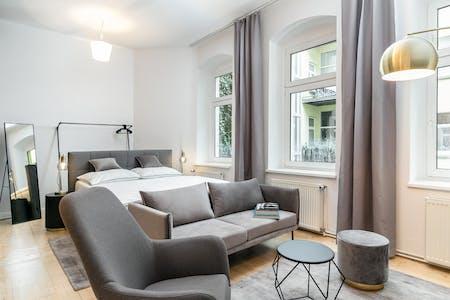 Wohnung zur Miete ab 01 Juni 2020 (Novalisstraße, Berlin)