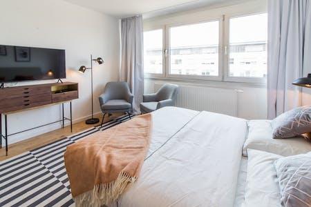 整套公寓租从01 1月 2021 (Stolberger Straße, Köln)