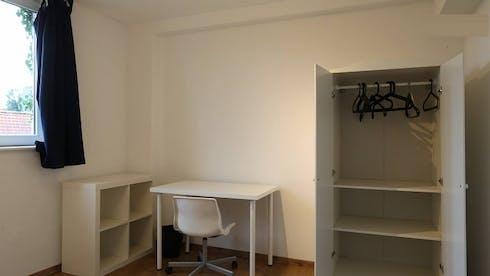单人间租从01 Mar 2020 (Rue Porselein, Anderlecht)