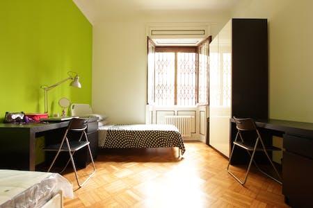 Mehrbettzimmer zur Miete ab 01 März 2020 (Viale Romagna, Milan)