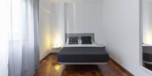 Habitación privada de alquiler desde 31 ago. 2020 (Calle José Silva, Madrid)