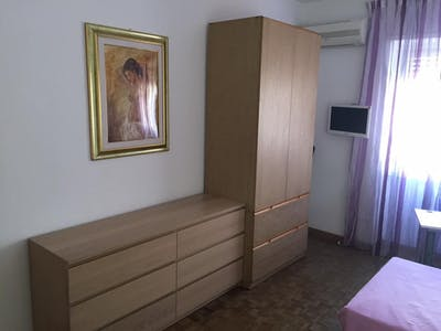 Private room for rent from 15 Sep 2019 (Viale Tito Labieno, Rome)