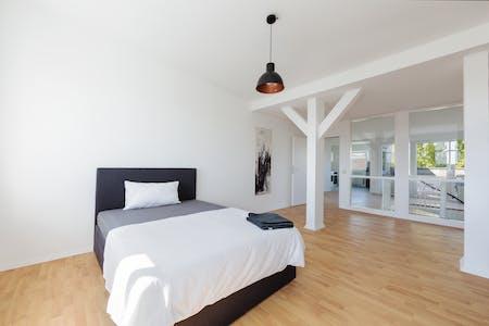 Habitación privada de alquiler desde 01 Aug 2020 (Waldstraße, Berlin)