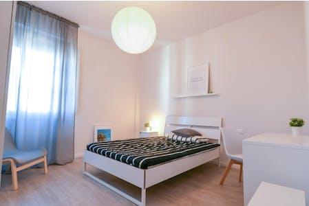 Privatzimmer zur Miete von 01 Jan 2020 (Via Claudio Monteverdi, Florence)