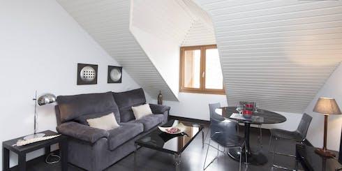 Appartement te huur vanaf 31 May 2020 (Calle Pérez Galdós, Madrid)