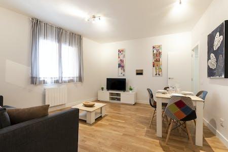 Appartamento in affitto a partire dal 30 Jun 2020 (Avinguda del Paral.lel, Barcelona)