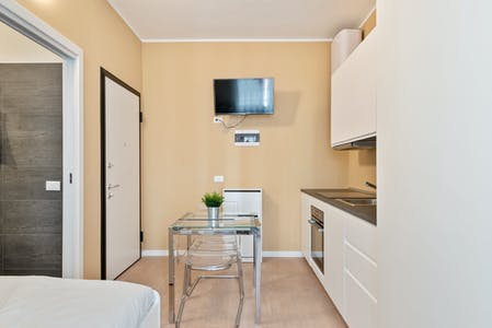 Apartment for rent from 01 Feb 2020 (Via Luciano Manara, Milan)