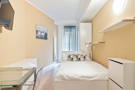 Apartment for rent from 07 Feb 2020 (Via Luciano Manara, Milan)