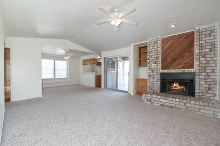 Apartment for rent from 18 Oct 2019 (University Dr E, College Station)