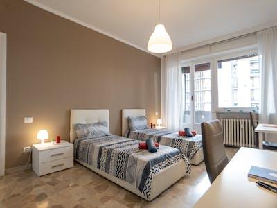 Shared room for rent from 01 Sep 2020 (Via Saverio Altamura, Milan)