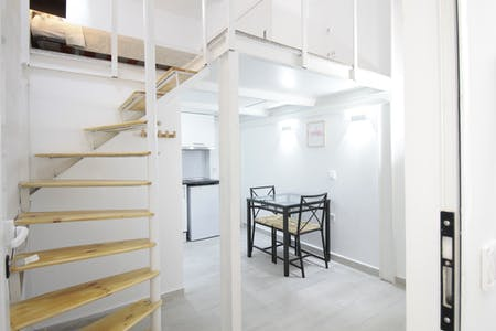 Apartment for rent from 03 Feb 2024 (Calle Rodrigo Uhagón, Madrid)