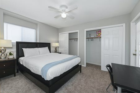 Private room for rent from 19 Feb 2020 (University Dr E, College Station)