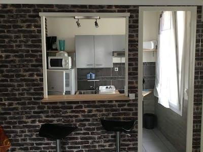 Appartamento in affitto a partire dal 25 feb 2020 (Avenue Henri Barbusse, Toulon)