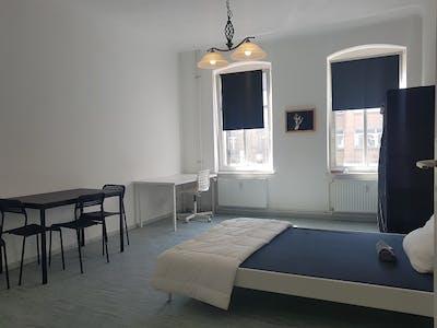 Private room for rent from 17 Apr 2020 (Wilhelminenhofstraße, Berlin)