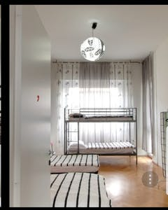 Shared room for rent from 22 Nov 2019 (Viale Andrea Doria, Milan)