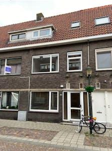 Huis te huur vanaf 26 jan. 2020 (Diepenbrockstraat, Vlaardingen)