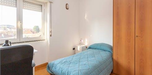 Mehrbettzimmer zur Miete ab 01 Jan. 2021 (Via Carlo Pisacane, Pregnana Milanese)