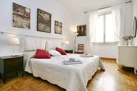 Shared room for rent from 12 Nov 2019 (Borgo dei Greci, Florence)