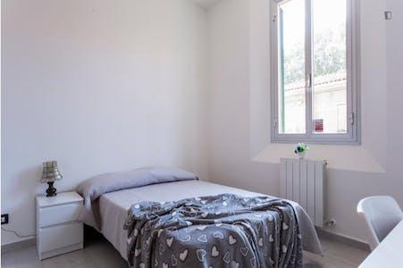 Private room for rent from 01 Sep 2020 (Via Piana, Bologna)