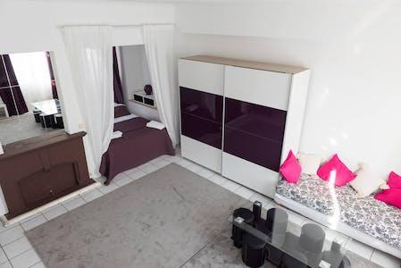 Wohnung zur Miete ab 31 Juli 2020 (Rue du Fossé aux Loups, Brussels)