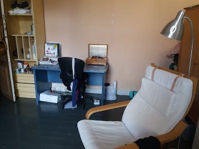 WG-Zimmer zur Miete ab 01 Sep. 2020 (Avenue Saint-Augustin, Forest)