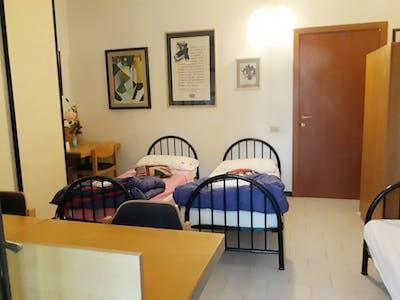 共用的房间租从29 2月 2020 (Via Giacomo di Mino, Siena)